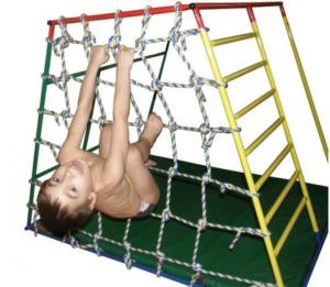 веревочный парк ребенка